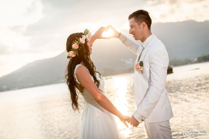 Beach wedding for Alex and Ramona by Unique Wedding and Events - 037