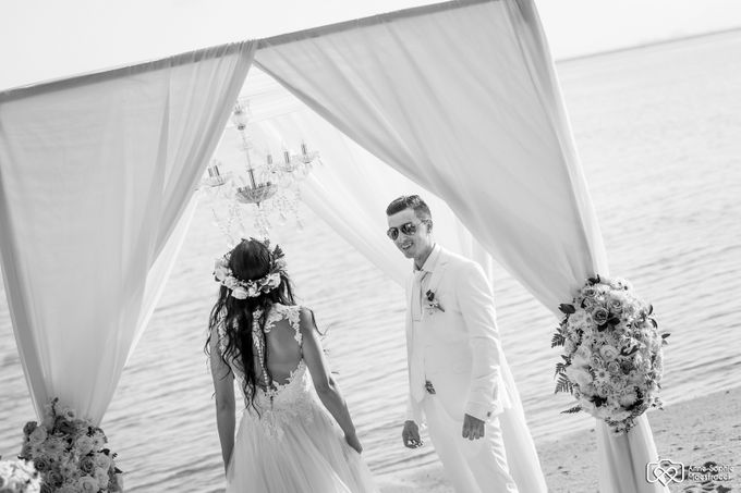 Beach wedding for Alex and Ramona by Unique Wedding and Events - 021