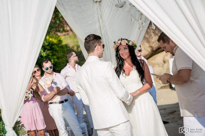 Beach wedding for Alex and Ramona by Unique Wedding and Events - 022