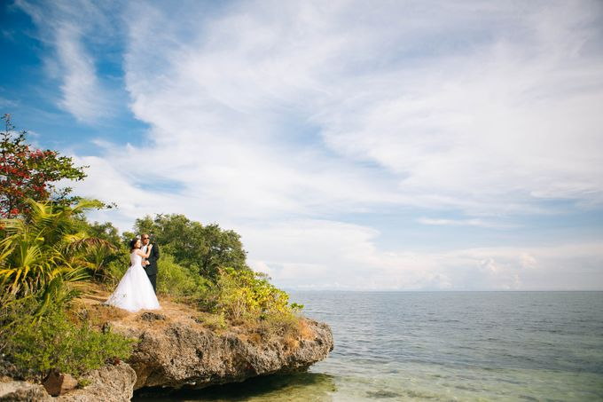 Siquijor Destination Wedding by Lloyed Valenzuela Photography - 006