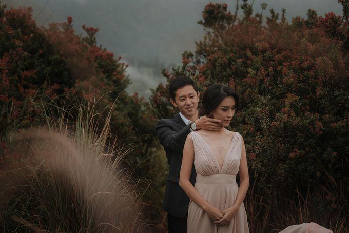 PRE - WEDDING RAYMOND & SILVY BY GARY EVAN by All Seasons Photo - 005
