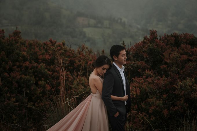 PRE - WEDDING RAYMOND & SILVY BY GARY EVAN by All Seasons Photo - 008