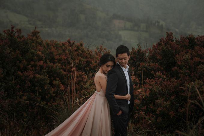 PRE - WEDDING RAYMOND & SILVY BY GARY EVAN by All Seasons Photo - 009