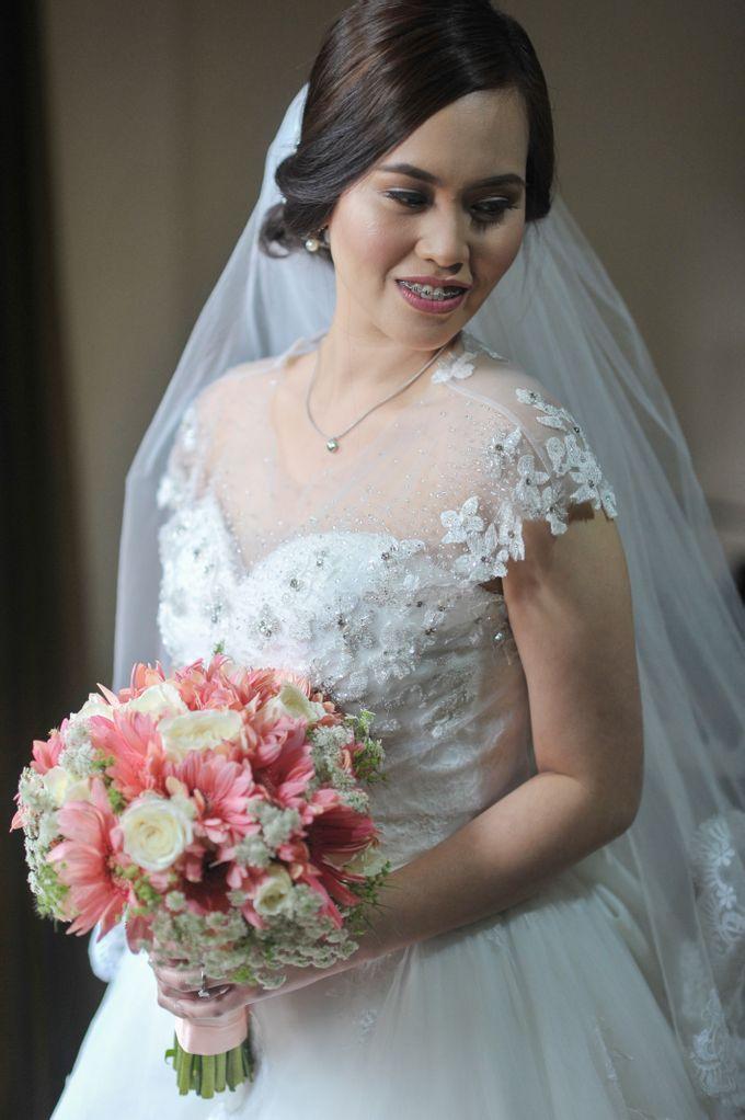 Raymond and Kristine Wedding by RAJ Photo - 041