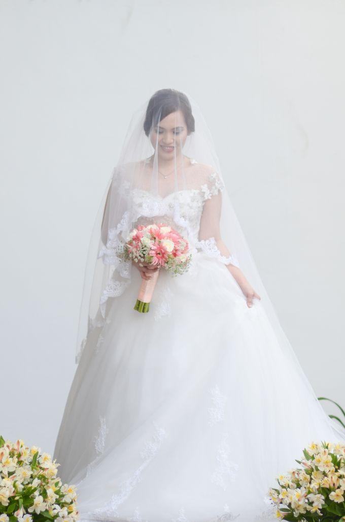 Raymond and Kristine Wedding by RAJ Photo - 043
