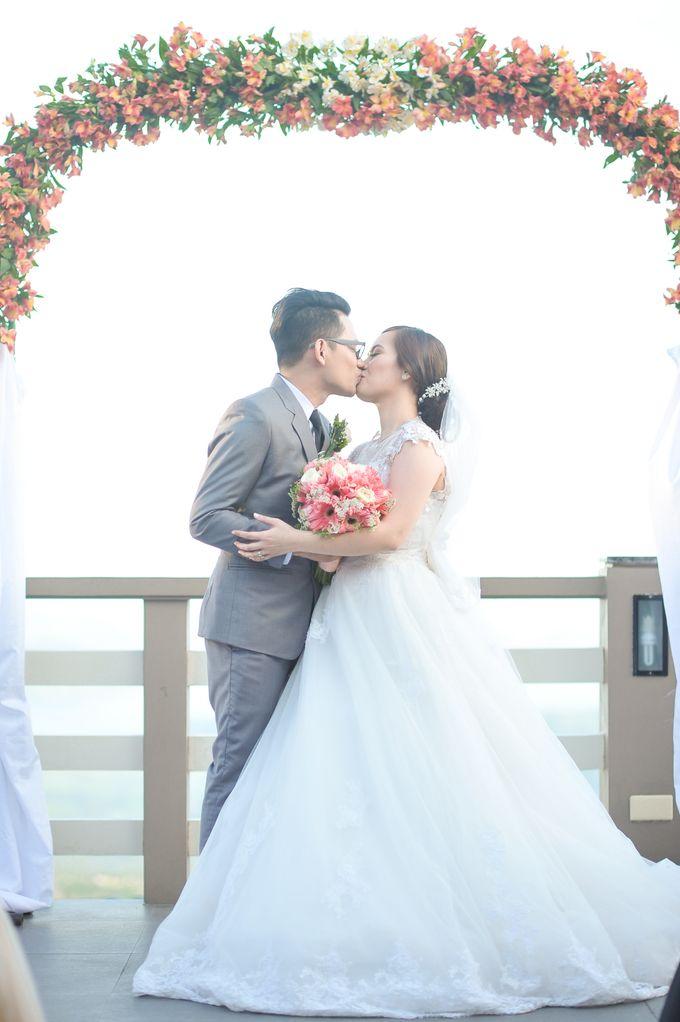 Raymond and Kristine Wedding by RAJ Photo - 022