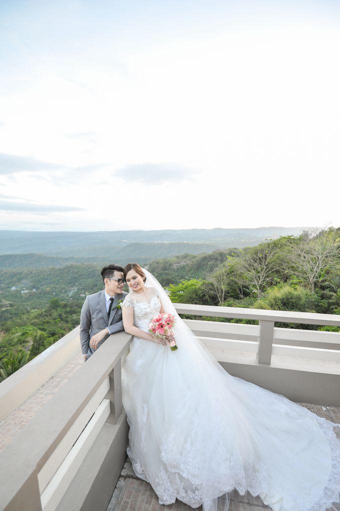 Raymond and Kristine Wedding by RAJ Photo - 025