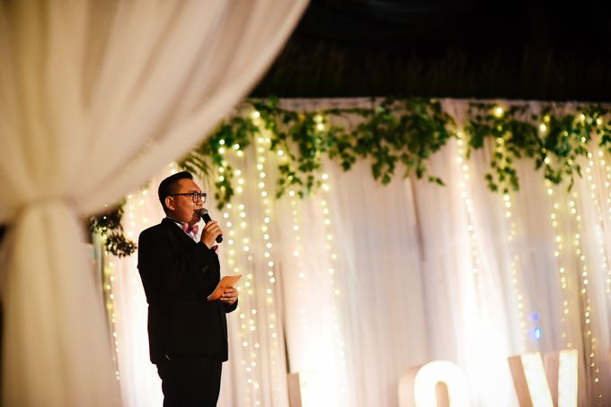 TRILINGUAL MC for Radius & Cathy's wedding at Latitude Villa Bali Indonesia by BEBOP Entertainment - 015