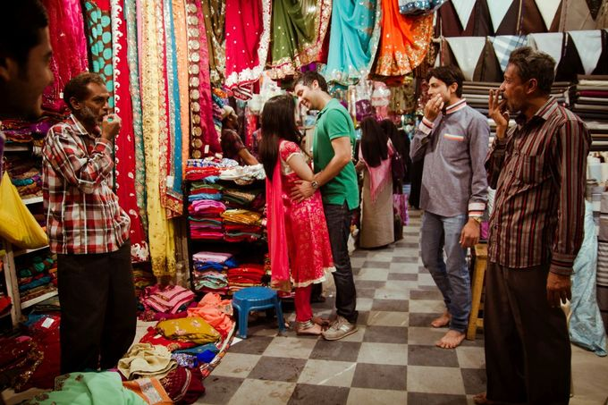 Pre Wedding shoot in the City of the Nizams by Visual Indigo Photography - 012
