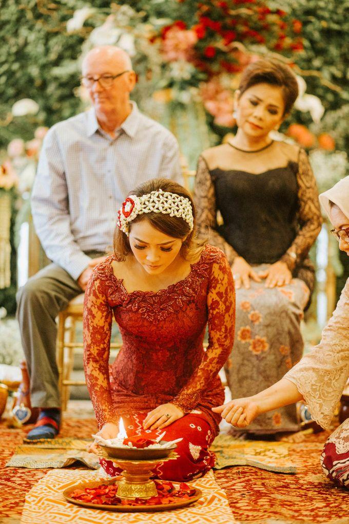 Ritz Carlton Wedding by Antijitters Photo - 003
