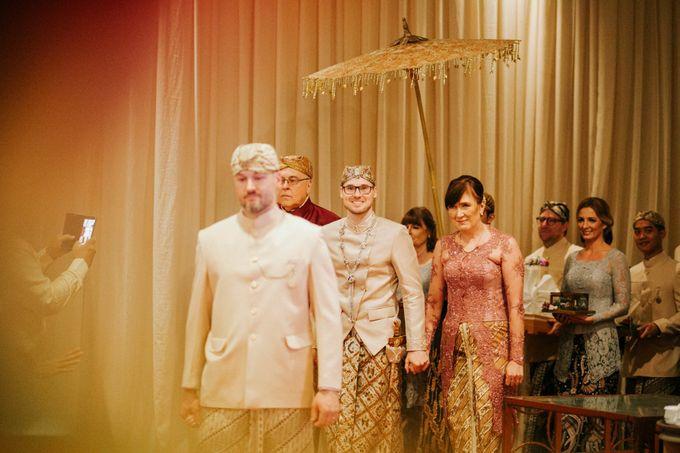 Ritz Carlton Wedding by Antijitters Photo - 022