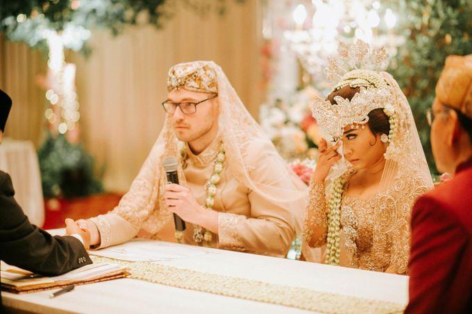 Ritz Carlton Wedding by Antijitters Photo - 026