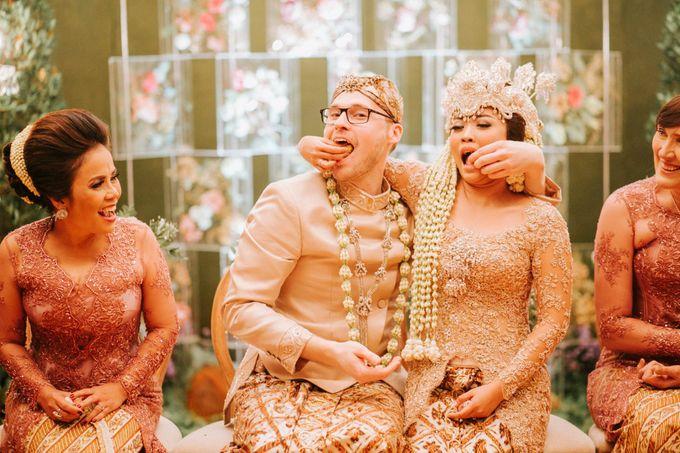 Ritz Carlton Wedding by Antijitters Photo - 031