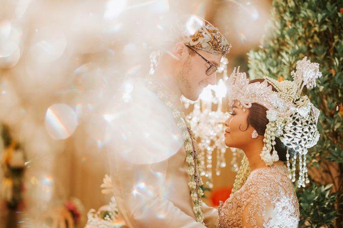 Ritz Carlton Wedding by Antijitters Photo - 035