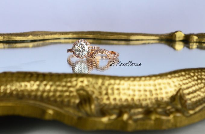 French Haute Couture Wedding Bands by L'Excellence Diamond - 006