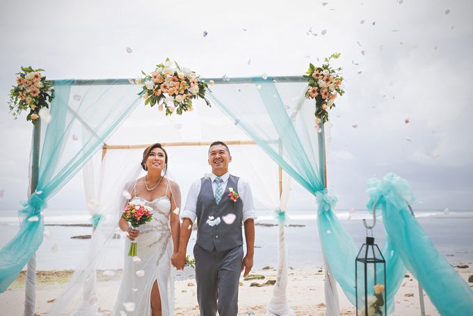 Romantic Wedding and Best Sea View  in South Bali by Oliver Ken Photography - 011