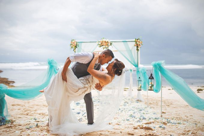 Romantic Wedding and Best Sea View  in South Bali by Oliver Ken Photography - 013
