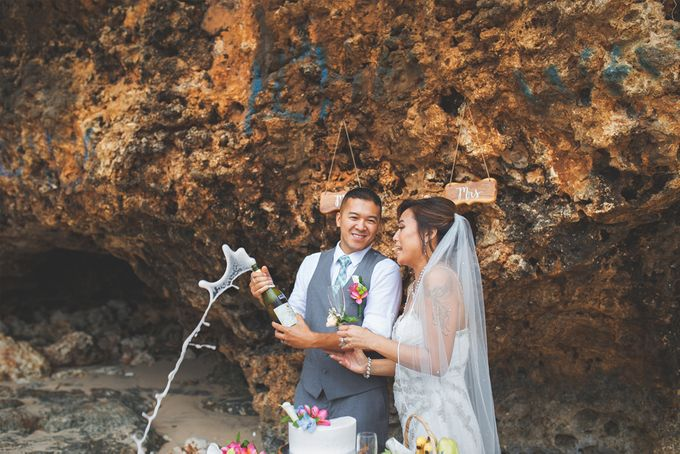 Romantic Wedding and Best Sea View  in South Bali by Oliver Ken Photography - 014