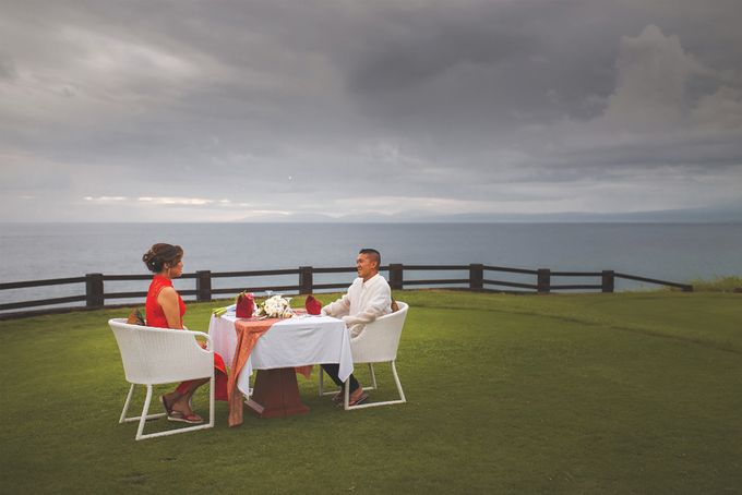 Romantic Wedding and Best Sea View  in South Bali by Oliver Ken Photography - 021