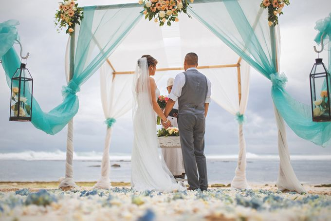 Romantic Wedding and Best Sea View  in South Bali by Oliver Ken Photography - 007
