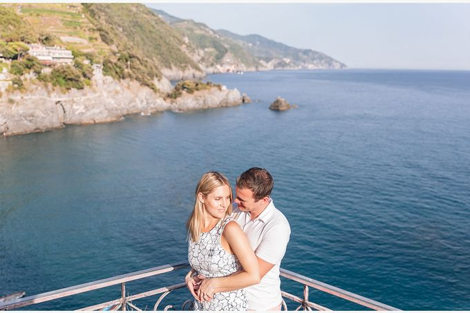 Romantic wedding proposal by the sea in Monterosso in Cinque Terre by PURE wedding photography - 007