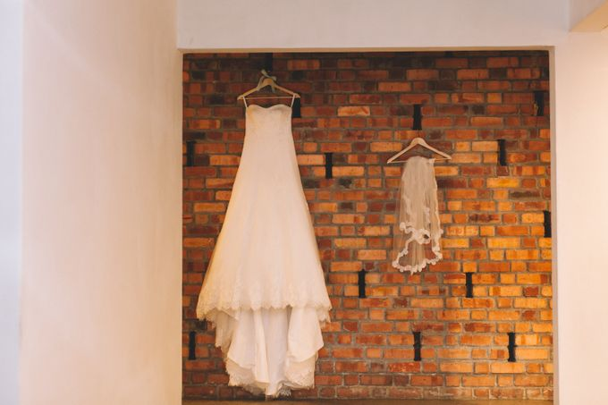 A DIY Rustic Vintage Church Wedding by Arch and Vow Studio - 001