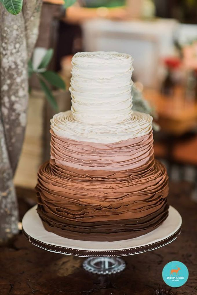 Wedding Cake Rental by Cakeinspiration  LPP - 005