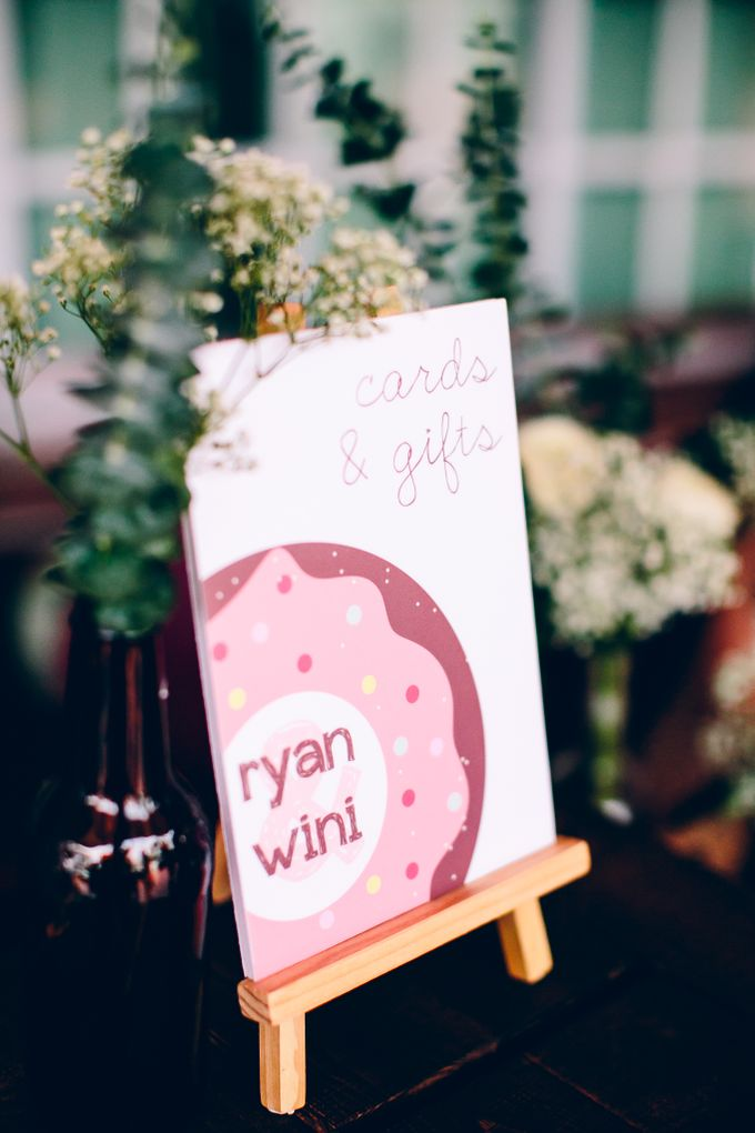 Sweet Treats for Ryan and Winifred by MerryLove Weddings - 001