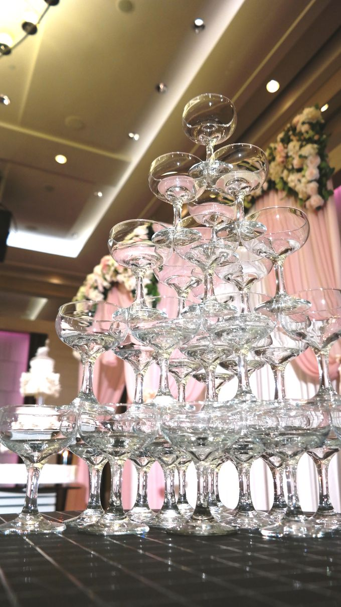 Empress Ballroom Wedding by Carlton Hotel Singapore - 003