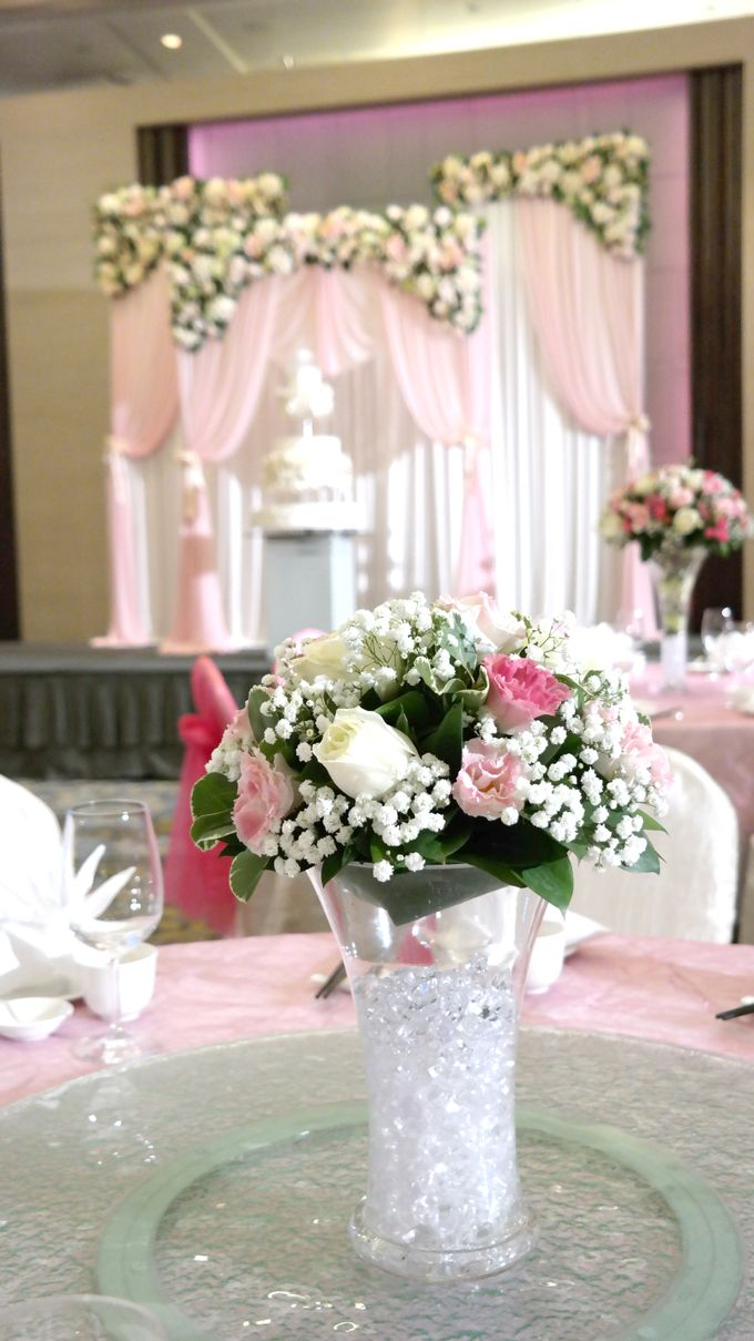 Empress Ballroom Wedding by Carlton Hotel Singapore - 004