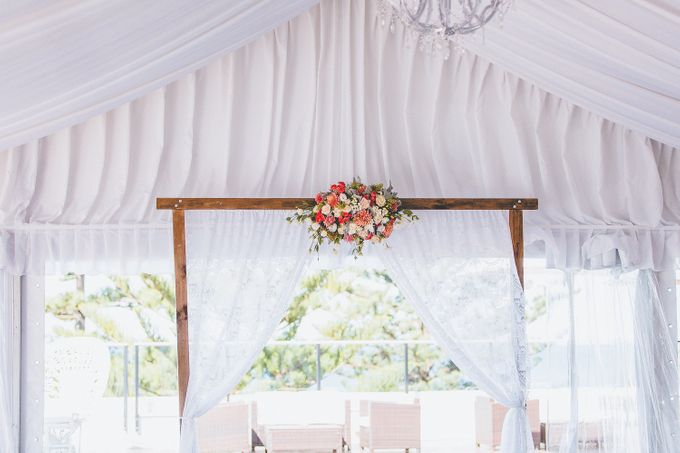 Marquee Wedding by Novotel Wollongong Northbeach - 004