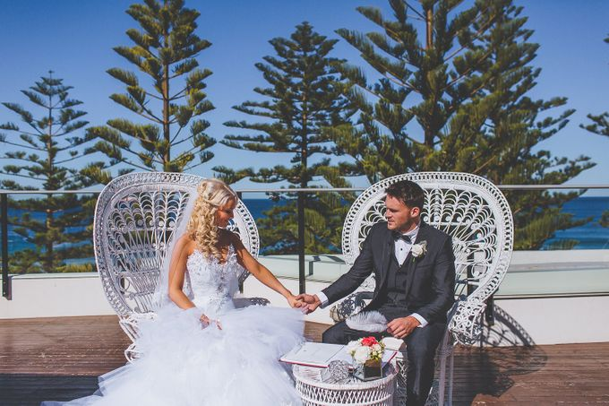 Marquee Wedding by Novotel Wollongong Northbeach - 002