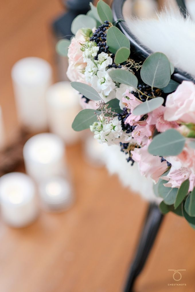 Fireplace Wedding by Keira Floral - 006