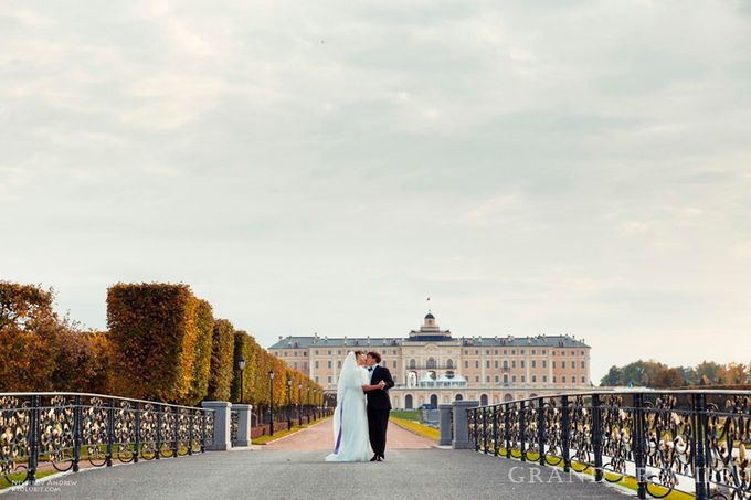 Wedding in the Peterhof and Konstantinovsky Palace by Grand Premier - 020
