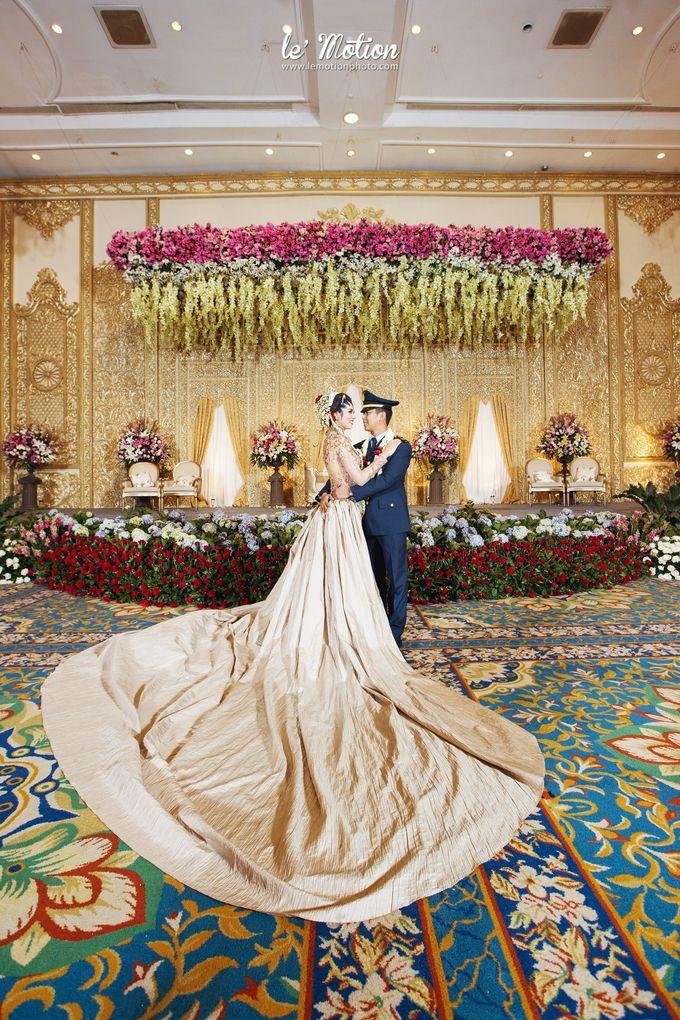 Safit rizky javanese wedding by le motion bridestory add to board safit rizky javanese wedding by suryanto decoration 002 junglespirit Gallery