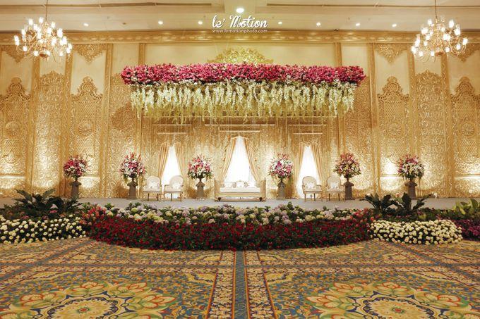 Safit rizky javanese wedding by le motion bridestory add to board safit rizky javanese wedding by suryanto decoration 001 junglespirit Gallery