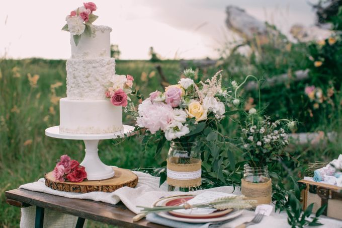 Rustic meets style by Winifred Kristé Cake - 001