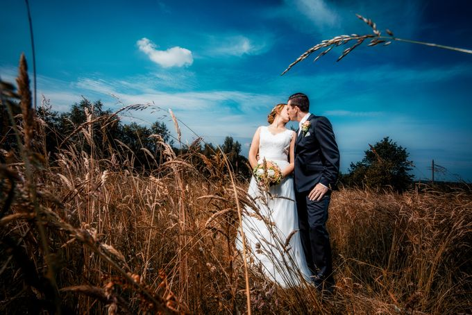 romantic style by InMoment Wedding Photography - 019
