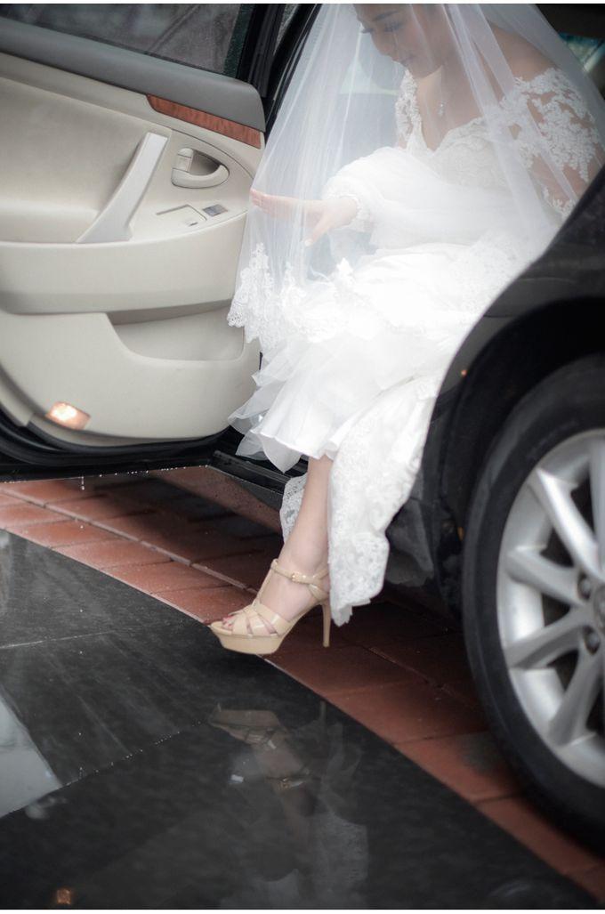 Steven & Vanessa Wedding by Reynard Karman Photography - 016