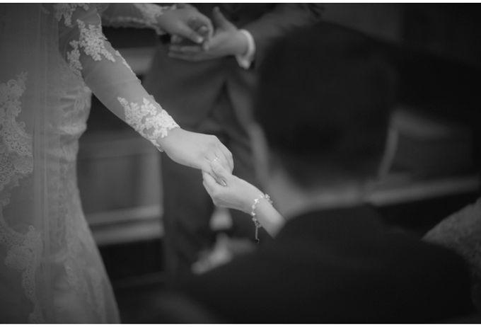 Steven & Vanessa Wedding by Reynard Karman Photography - 026