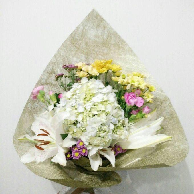 hand bouquet by laurelbouquet - 022