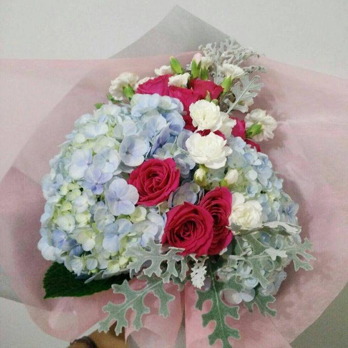 hand bouquet by laurelbouquet - 024