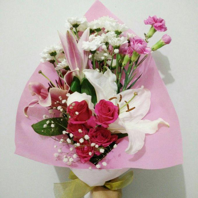 hand bouquet by laurelbouquet - 025