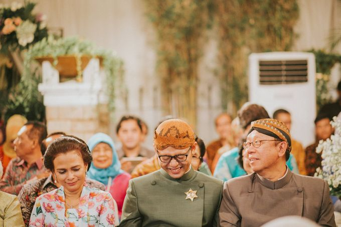 Sampoerna Strategic Wedding - Amitya & Abhi by Antijitters Photo - 048