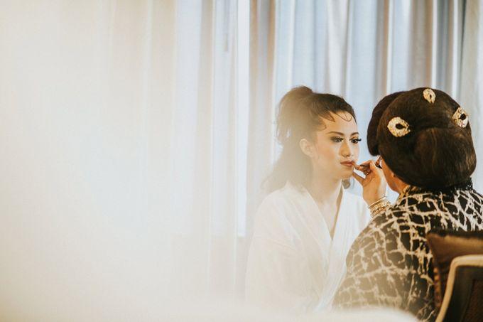 Sampoerna Strategic Wedding - Amitya & Abhi by Antijitters Photo - 043