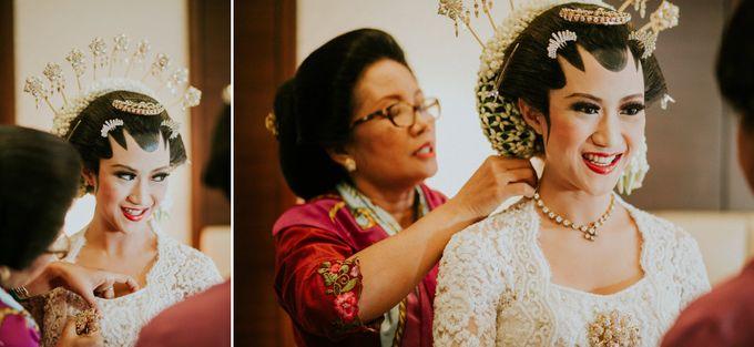 Sampoerna Strategic Wedding - Amitya & Abhi by Antijitters Photo - 035