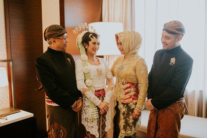 Sampoerna Strategic Wedding - Amitya & Abhi by Antijitters Photo - 034