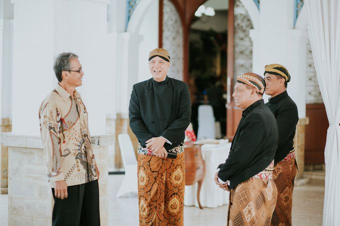 Sampoerna Strategic Wedding - Amitya & Abhi by Antijitters Photo - 031