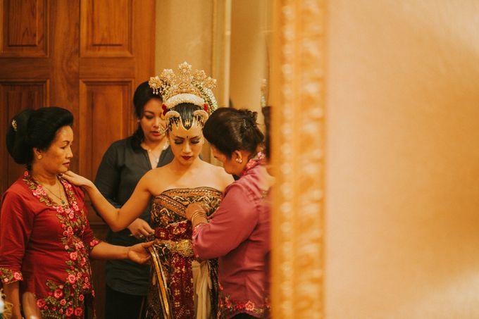Sampoerna Strategic Wedding - Amitya & Abhi by Antijitters Photo - 010