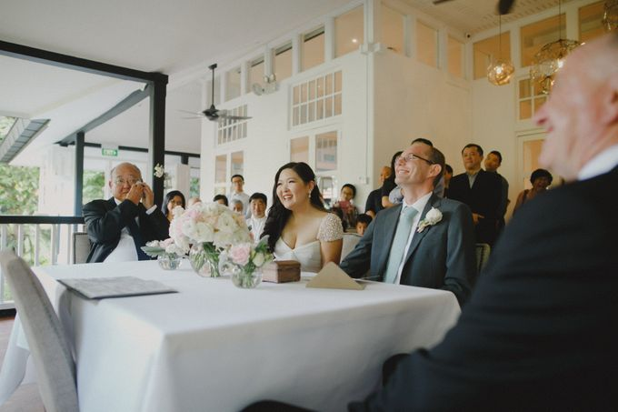 Intimate Wedding at Lewin Terrace - Wendy & Lee by Samuel Goh Photography - 020